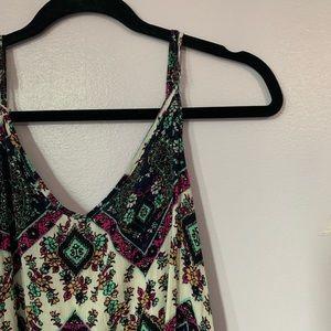 Dresses & Skirts - patterned shift dress